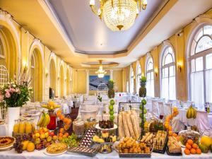 Hôtel Le Royal Promenade des Anglais, Szállodák  Nizza - big - 69