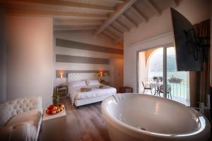 Bella Hotel - AbcAlberghi.com