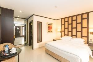 Radisson Blu Resort, Sharjah, Resorts  Schardscha - big - 59