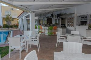 Evelin Hotel, Residence  Platanias - big - 53