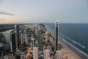 Soul on the Esplanade - HR Surfers Paradise