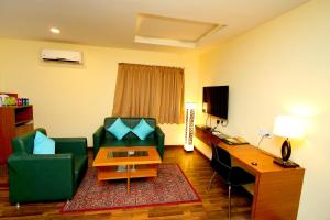 Hotel Crestwood, Hotels  Kalkutta - big - 32