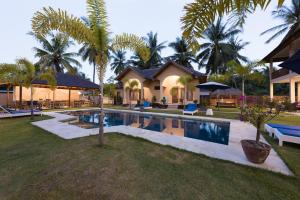 Yuli's Homestay, Проживание в семье  Кута, остров Ломбок - big - 17