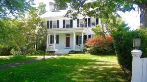 Millbrook Country House - Accommodation - Millbrook