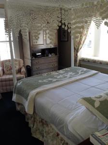 My Rosegarden Guest Rooms, Bed and breakfasts  San Francisco - big - 13