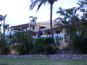 Sunlit Waters Studio Apartments, Apartmánové hotely  Airlie Beach - big - 42