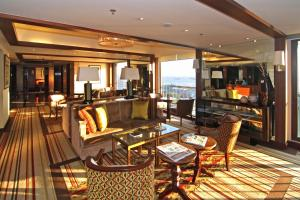 The Manila Hotel (10 of 50)