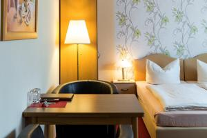 Hotel Adler, Отели  Висмар - big - 4