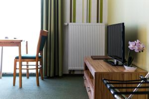 Hotel Adler, Отели  Висмар - big - 11