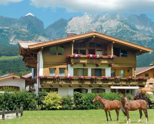 Landhaus Horngacher - Hotel - Ellmau