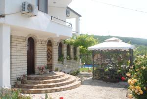 Vila Roza, Балчик
