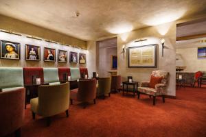 Schlosshotel Weyberhöfe, Hotely  Hösbach - big - 6