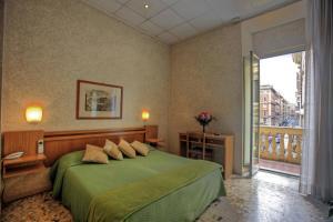 Hotel Embassy - AbcAlberghi.com