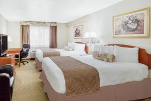 Ramada by Wyndham Ely, Hotels  Ely - big - 19
