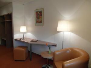 Hotel am Springhorstsee, Hotel  Grossburgwedel - big - 8