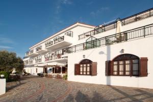 Hostales Baratos - Ikaros Star Hotel
