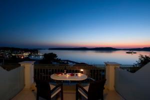 Hostales Baratos - Hotel Anezina