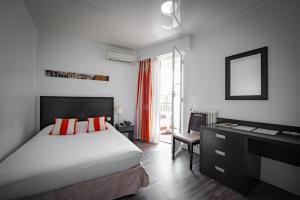 Hôtel Comté de Nice, Hotely  Beaulieu-sur-Mer - big - 4