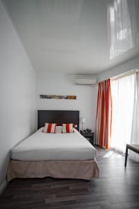 Hôtel Comté de Nice, Hotely  Beaulieu-sur-Mer - big - 3