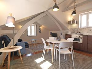Feels Like Home Cosy Loft near Ribeira Douro Oporto