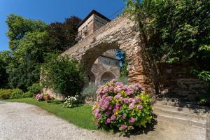 Massimago Wine Tower - AbcAlberghi.com
