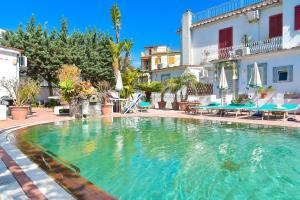 Charme Hotel La Villa Tina - AbcAlberghi.com