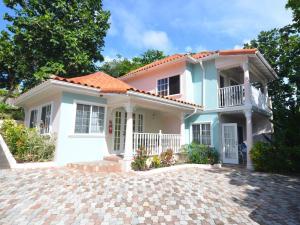 Tropical Lagoon Resort - Port Antonio