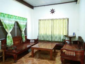 Double Room with Shared Bathroom Ban Kru Ching Guesthouse
