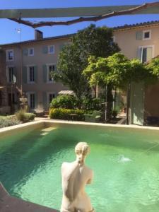 Accommodation in Saint-Marcel