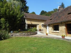 . Le Moulin de Monternault