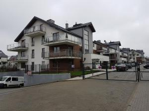 STAWOWA Apartment 69m2 with terrace and private garage