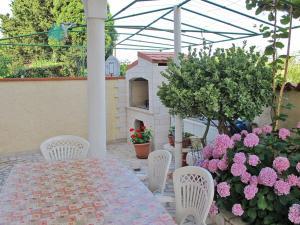 Haus Villa Dorina 163S, Apartments  Štinjan - big - 7