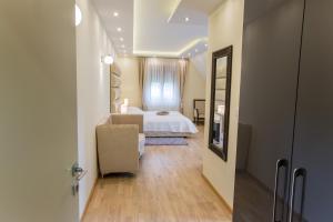 Grand Lakes Rooms, Vendégházak  Jezerce - big - 18