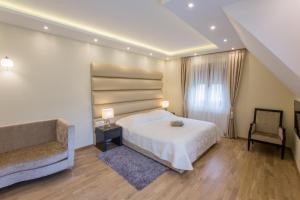 Grand Lakes Rooms, Vendégházak  Jezerce - big - 19
