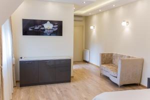 Grand Lakes Rooms, Vendégházak  Jezerce - big - 15