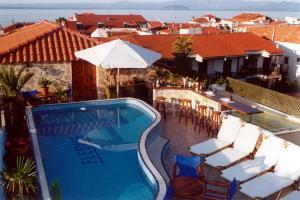 Hostels e Albergues - Hotel Flesvos
