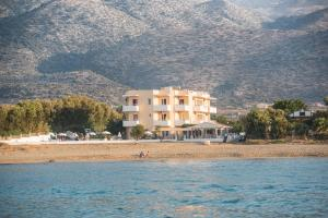 Silver Sun Studios & Apartments, Aparthotely  Malia - big - 42