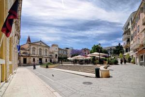 Sofias Flat, Apartments  Corfu Town - big - 10