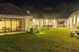 Villa Ronnaduwa, Villák  Hikkaduwa - big - 38
