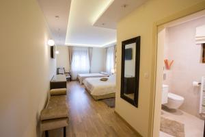 Grand Lakes Rooms, Vendégházak  Jezerce - big - 16