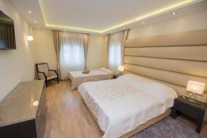 Grand Lakes Rooms, Vendégházak  Jezerce - big - 2