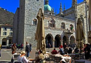 Amazing Downtown Como - AbcAlberghi.com
