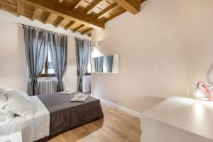 Your Home in San Frediano