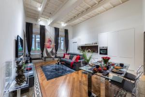 47 Argentina Apartment - AbcRoma.com