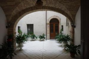 Palazzo De Fabritiis - AbcAlberghi.com