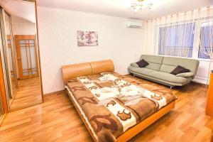 Apartments at Lva Yashina 10, Apartmanok  Toljatti - big - 11