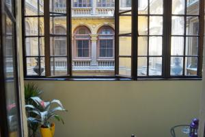 Spacious Evergreen Apartment in the heart of Budapest
