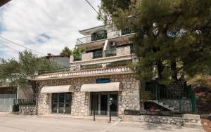 Apartment Apartments Azzurro Blace Croatia