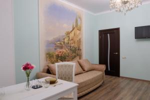 Apartment on Alleya Stroiteley - Imeni Rozy Lyuksemburg