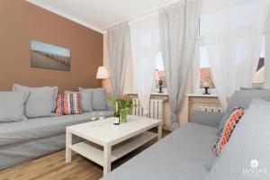 Jantar Apartamenty River Side
